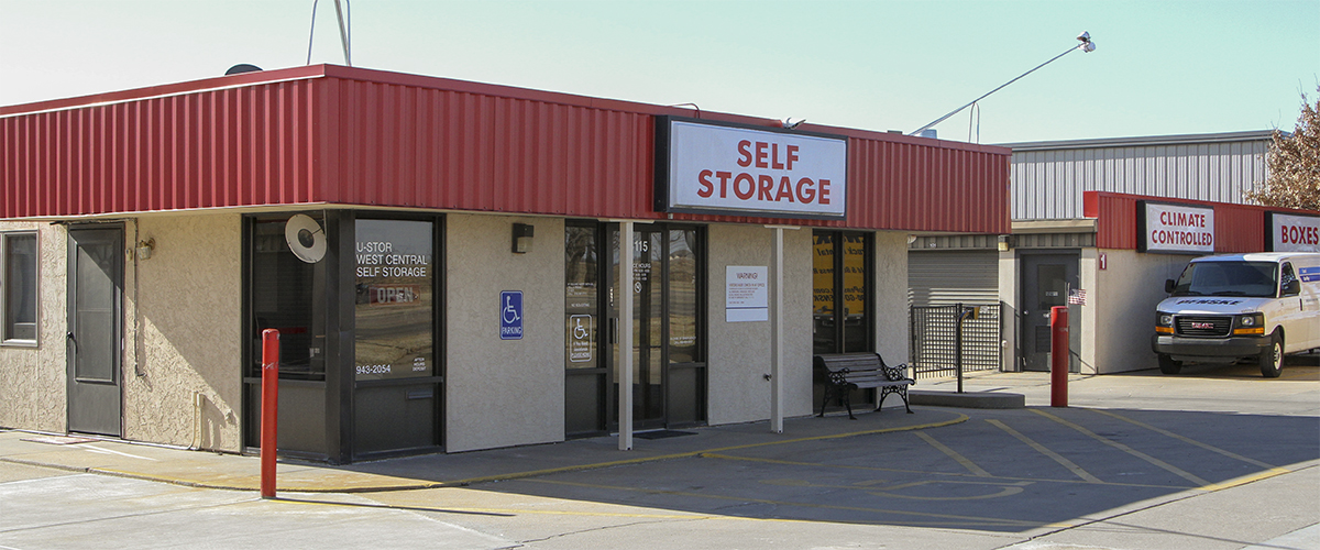 U-STOR West Central is located at 6115 W. Central, Wichita, KS. Call 316-219-5858 for information.